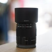 カメラ初心者の方に使ってほしい50mm単焦点レンズ